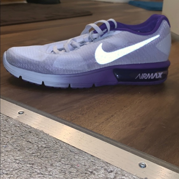 7.5 women's Nike air max fit sole shoe